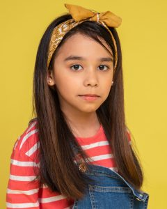 Arwen Monzon kid singer and influencer